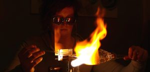 Glasblasen an der Flamme Glaskunst Antje Otto Keitum Sylt