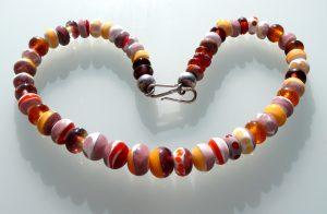 Glasschmuck Glaskette Glasperlen Rot Orange Glaskunst Antje Otto Keitum Sylt
