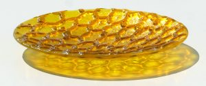 Antje-Otto-Glaskunst Keitum Sylt Glasreliefschale Waben Gelb