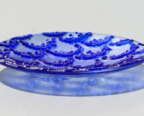 Antje Otto Glaskunst Glasschale Relief Blau
