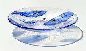 Antje Otto Glaskunst Glasschale Relief Glasmalerei Fische