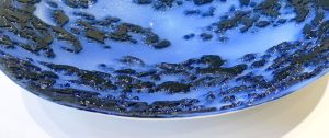 Antje-Otto-Glaskunst Keitum Sylt Glasreliefschale Blau